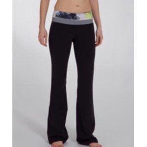 Lululemon Groove Unicorn Tears Flare Yoga Pants
